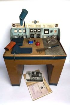 RCA Radio Sound Studio Kit featured from circa 1930